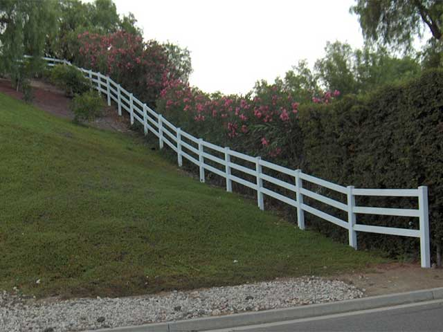 Photo 08- Ranch Rail