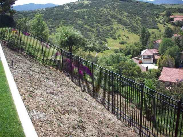vinyl products aluminum fences