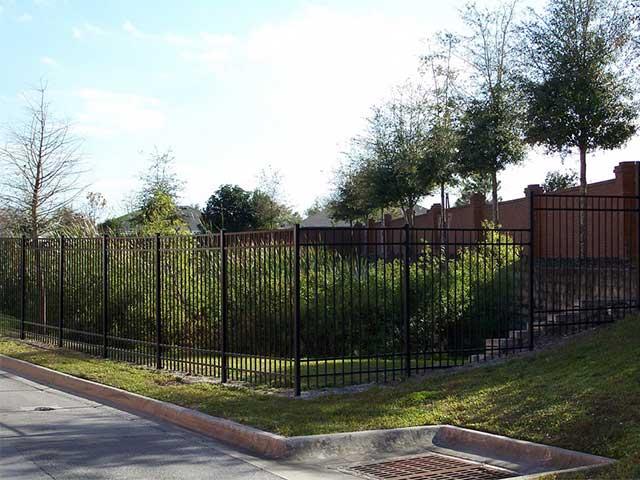 Photo 02 - Aluminum Fence